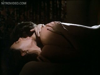 Sexy Jacqueline Bisset Totally Undressed In a Hot Sex Scene From 'Class'
