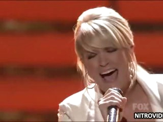 Carrie Underwood Sexy Performance In American Idol