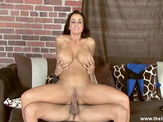 Arousing Lisa Ann rides this dick up her wet snatch