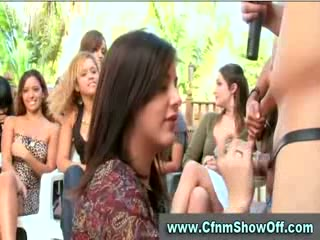 CFNM chap licks booty and cums in public at CFNM party