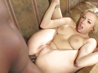 Rampant Adrianna Nicole enjoys a rough anal pounding