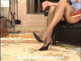 Rosa&Laura cool nylon feet movie
