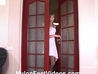 Diana&Lesley kinky nylon feet movie