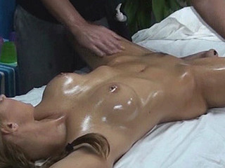 Cindy tempted and fucked by her massage therapist on hidden camera