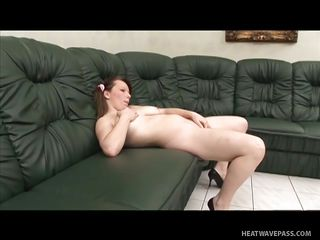 chubby milf getting fucked by a midget