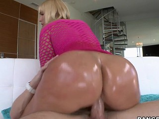 Short haired pornstar is having deep fuck from behind indoors