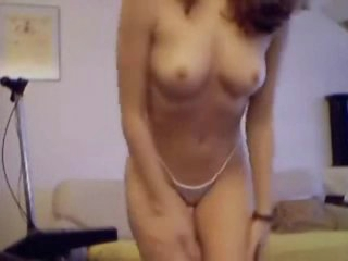 Youthful chick on webcam has a near perfect body